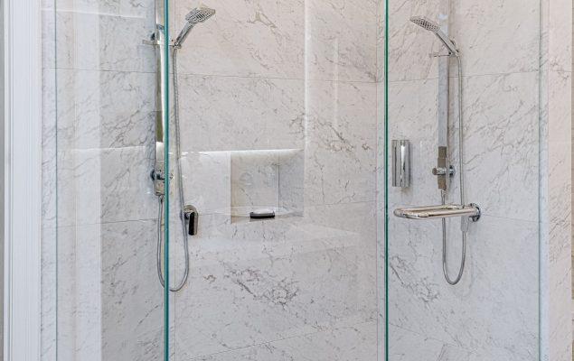 Wattle St_Shower 001
